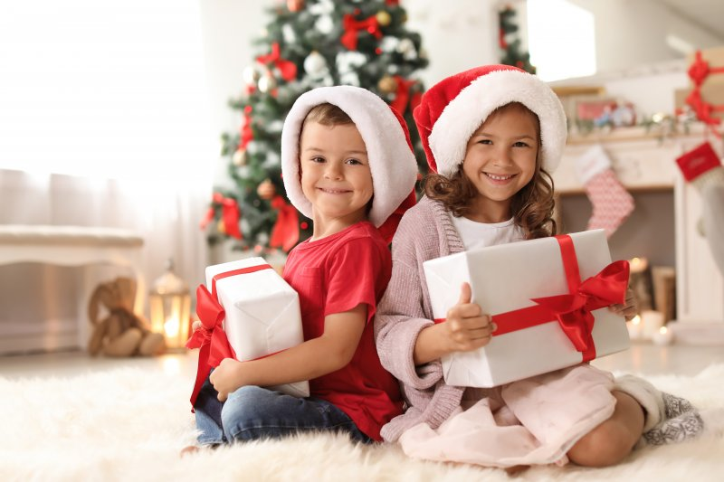 Kids smiling on Christmas